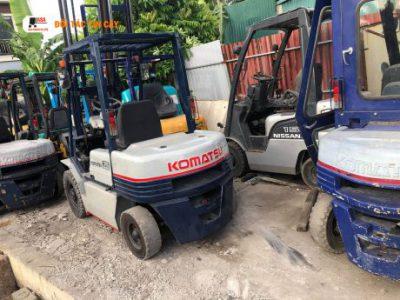 Xe nâng hàng được dùng rất nhiều ở các doanh nghiệp tại Bình Phước