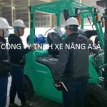 Quy tắc vận hành xe nâng hàng khi công nhân làm việc trên cao