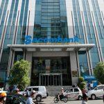 Vì sao Sacombank đổi mã chứng khoán và chuyển sàn?