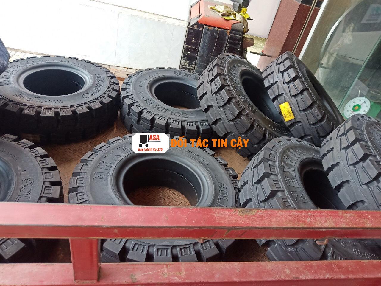 cung cấp bánh xe nâng các loại