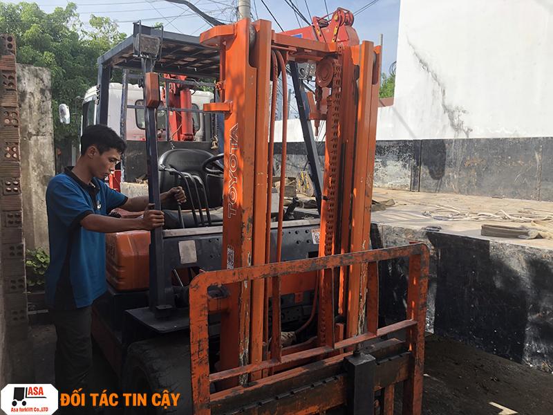 Dịch vụ sửa xe nâng chuyên nghiệp tại quận Gò Vấp.
