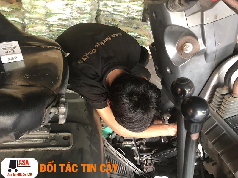 Sửa xe nâng 24h, kiểm tra tình trạng xe miễn phí. Sửa xe nâng tận nơi.