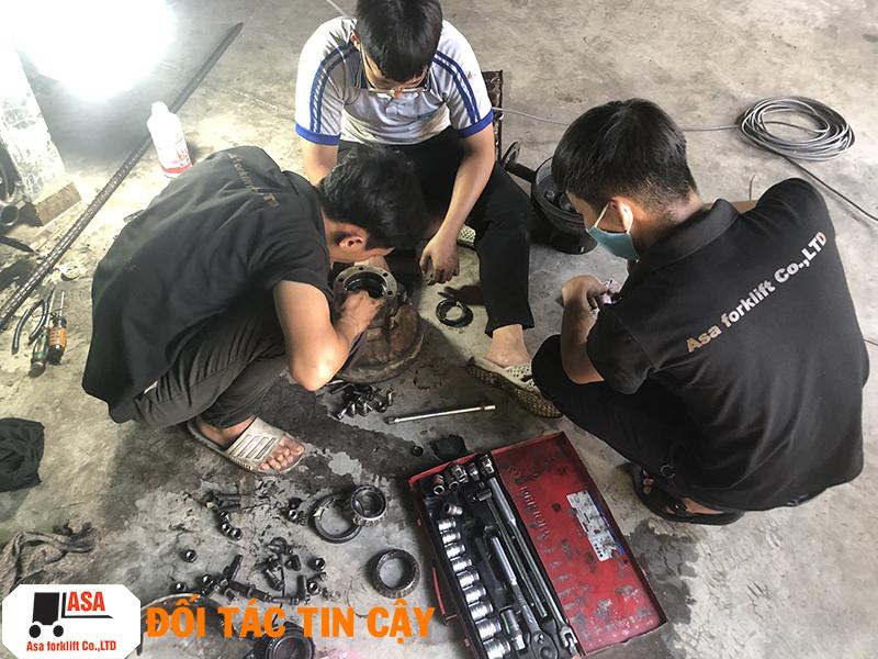 Kỹ thuật ASA tận tâm sửa chữa xe nâng tại quận 9